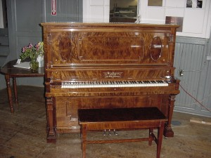 High Polish Bradbury Upright